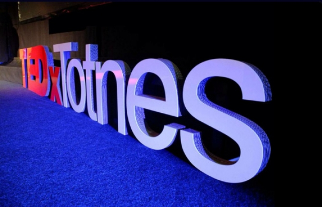 TEDx Totnes <br />9th October 2015